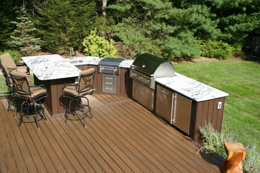 An Outdoor Kitchen Is The Ultimate Dream For A Lot Of
